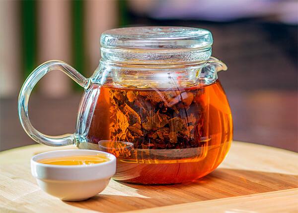 Чай с ромашкой при беременности можно пить только по указанию врача-гинеколога.