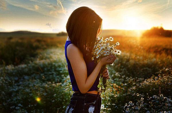 Опять же, вспомните запах цветов из сна - если он был приятен, свидание будет счастливым.