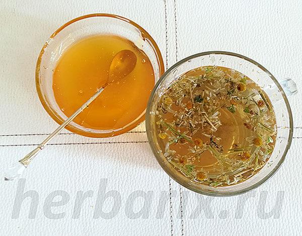 Для детей ромашковый чай полезно немного разбавлять.