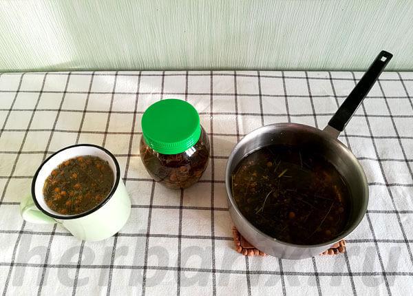 Из этих препаративных форм чай - самая легкая в приготовлении.