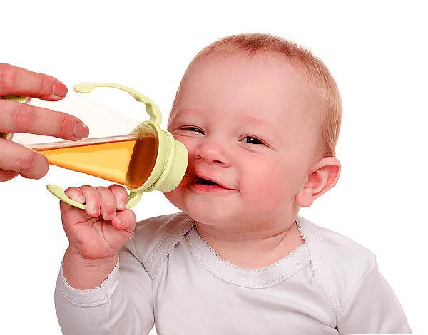 Если ребенку нравится такой чай и после его приема не возникает нежелательных последствий, то его спокойно можно пить.