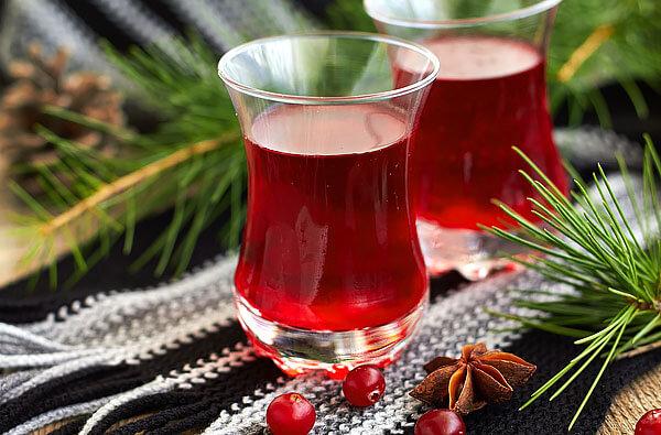 Хотя сам по себе сок температуру не снижает, он делает эффект от приёма антипиретиков более длительным.
