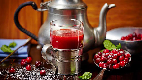 Морс считается более полезным, чем сок, за счет содержания большого количества мякоти.