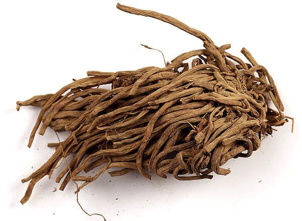 Для получения экстракта используются корни и корневища валерианы.