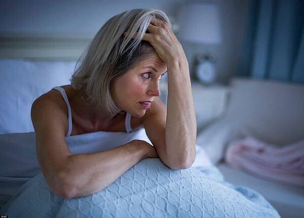 Позитивный эффект в борьбе с бессонницей валериана оказывает только при регулярном длительном её применении.