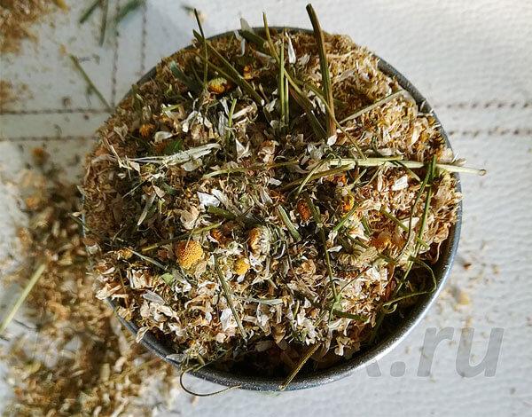 В фармакопее количество стеблей в сырье жестко регламентируется и не должно превышать 5% от общей массы.