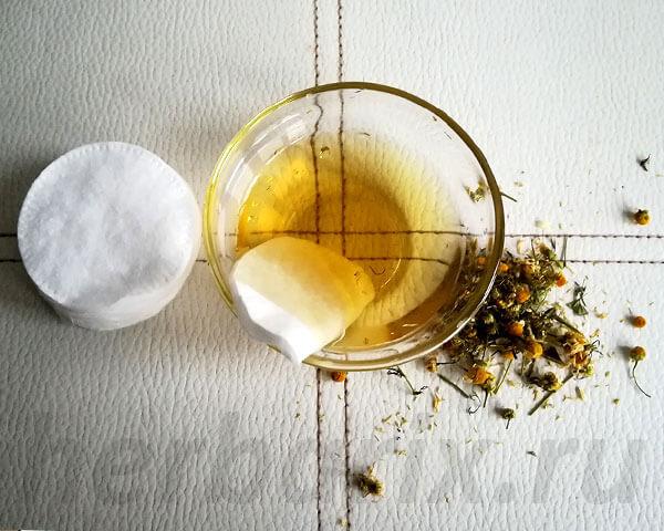 Отвар считается классическим и самым распространенным ромашковым лечебным средством.