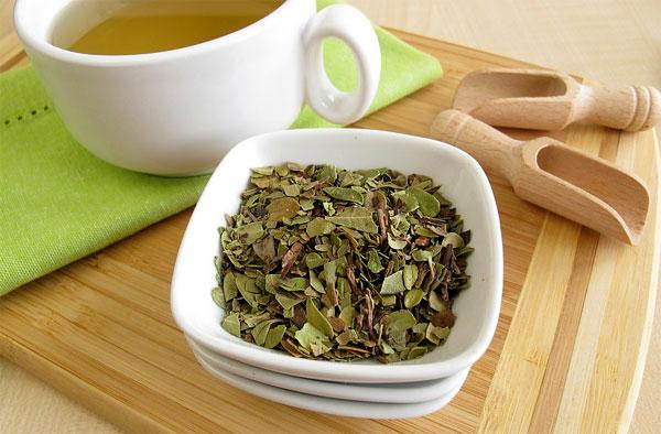 И чай, и отвар примерно эквивалентны друг другу по силе мочегонного действия.