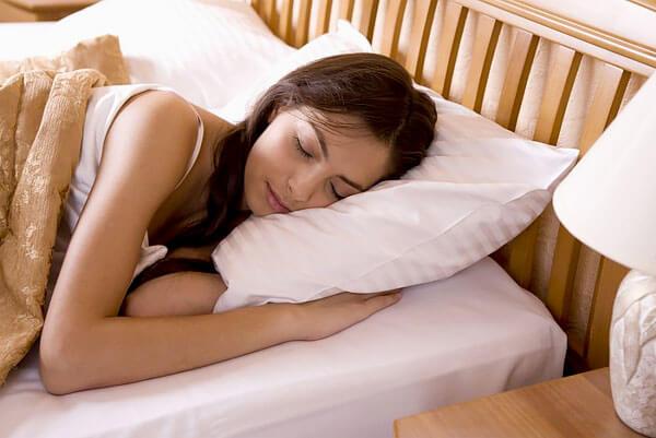 Практика показывает, что разовый прием валерианы практически не влияет на скорость засыпания.